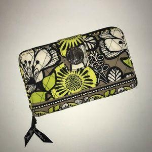 Vera Bradley wallet